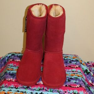 ff95481b05a8 BearPaw Shoes - New with Tags Bearpaw Women size 10 Red Boots